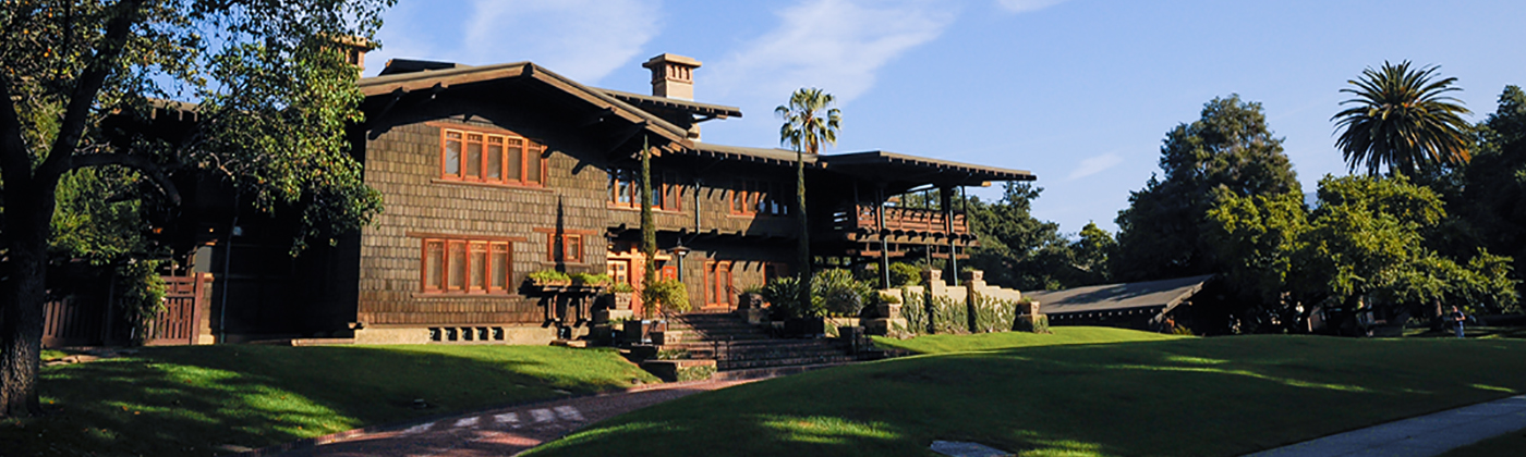 gamble-house-front-lawn-420